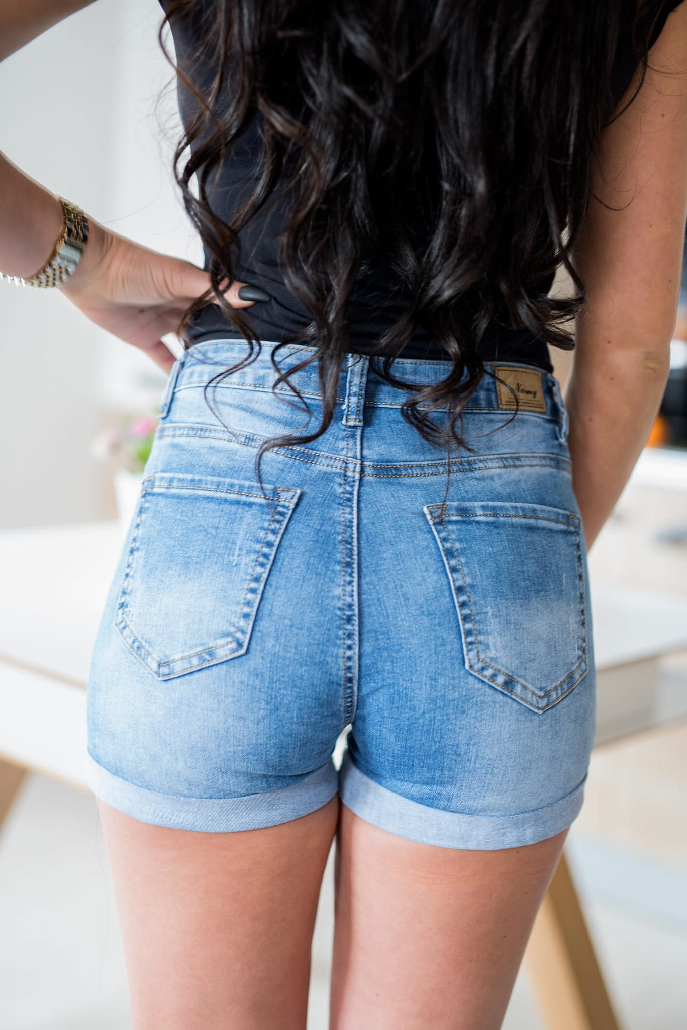 590a8e7eb02a Z541 Damskie dopasowane spodenki jeansowe podwijane nogawki rozmiar xs s m  l xl. nowość